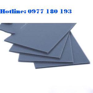 Tấm nhựa danpla màu xám. Kích thước: 1220x2440mm Độ dày: 1mm - 2mm - 3mm-4mm-5mm