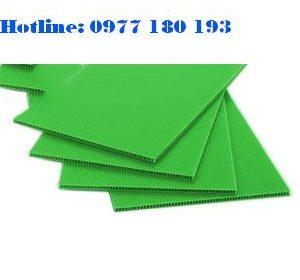 Tấm nhựa danpla màu xanh lá. Kích thước: 1220x2440mm Độ dày: 2mm - 2.5mm - 3mm-4mm-5mm