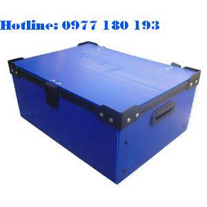 Thùng nhựa danpla thường màu xanh có nẹo góc, có nắp Kích thước: Làm theo yêu cầu.