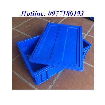 Thùng nhựa B4 được làm từ nhựa PP