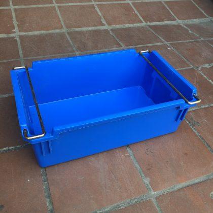Mẫu thùng nhựa đặc A2